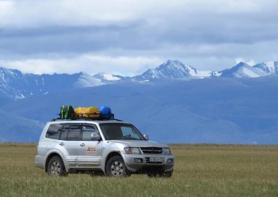 Montero in de Chuya steppe