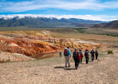 Kyzyl Chin tourists